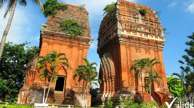 Đại lý bán vé máy bay Qui Nhơn Sài Gòn của Jetstar 2 chiều giá rẻ - Công viên văn hóa Tháp Đôi