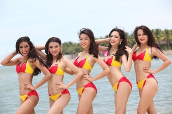 Đồng hành cùng Vietjet các thí sinh Hoa hậu hoàn vũ nóng bỏng với bikini của hãng Đồng hành cùng Vietjet các thí sinh Hoa hậu hoàn vũ nóng bỏng với bikini của hãng