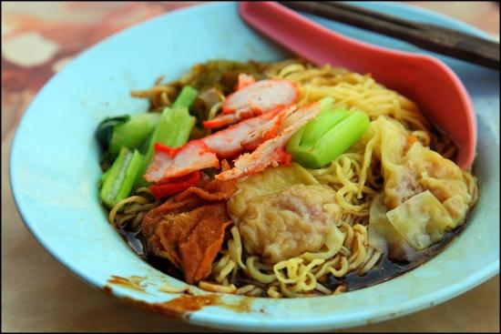 Ẩm thực Malaysia mỳ hoành thánh Wonton Mee Ẩm thực Malaysia mỳ hoành thánh Wonton Mee